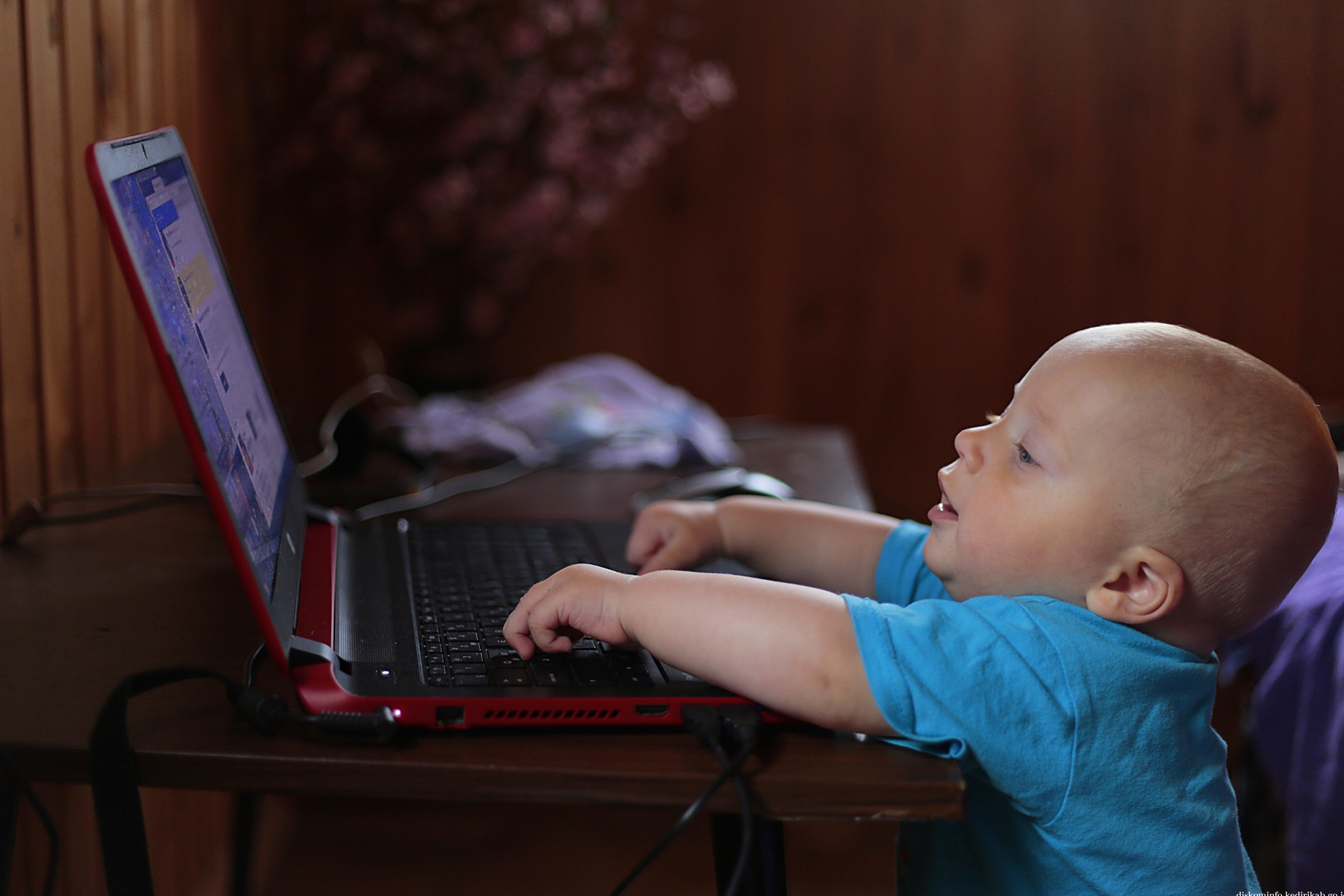 Dampak Negatif Gadget Bagi Anak-anak