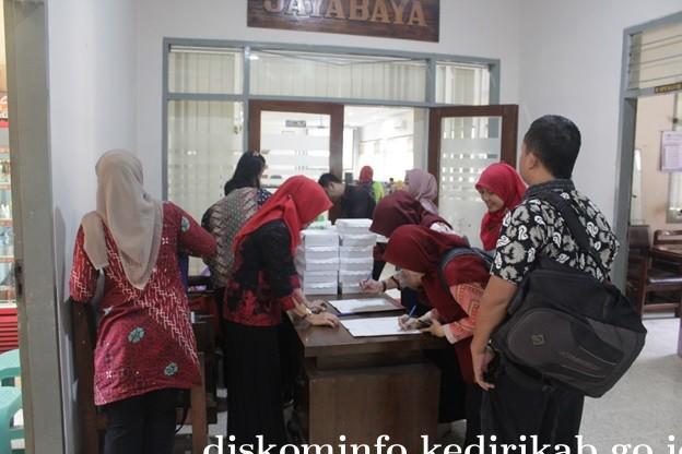 Pelatihan Sumber Daya Komunikasi Dan Informasi Di Ruang Joyoboyo
